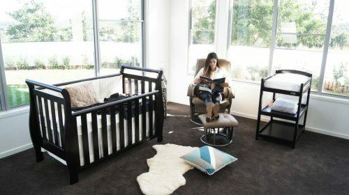 Babyhood Diva Breast Feeding Chair