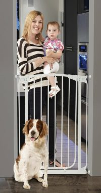 Dreambaby Chelsea Xtra-Tall Auto-Close Security Gate Lidestyle