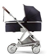 Mamas and Papas Urbo 2 with Navy Carry cot