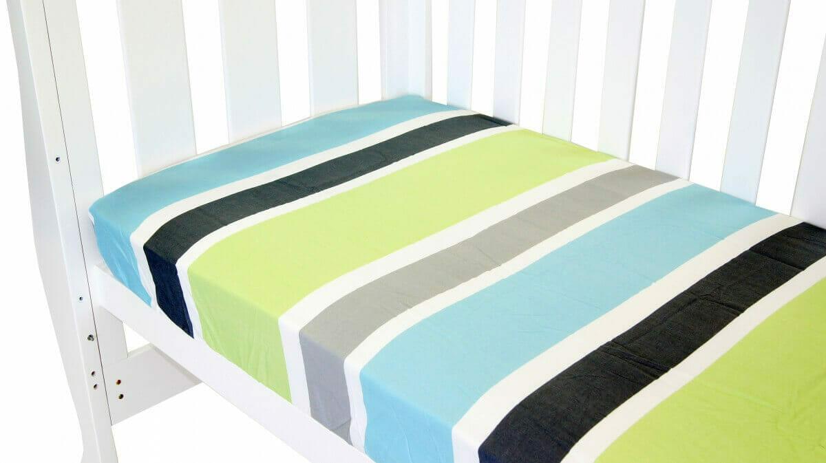 Amani Bebe Summer Stripe Fitted Sheet Lime Stripe