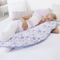 Theraline Maternity Cushion Waterdrops Purple Lifestyle