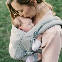 Ergobaby ADAPT Baby Carrier Pearl Grey lifestyle 4