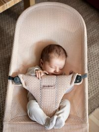 Babybjorn Bouncer Bliss Pearly Pink Mesh 003