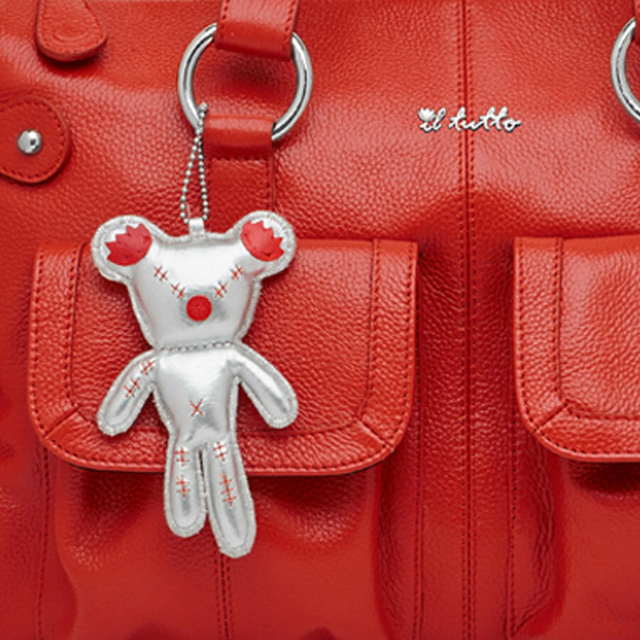 Il Tutto Mia Leather Tote Baby Bag Red Ted closeup