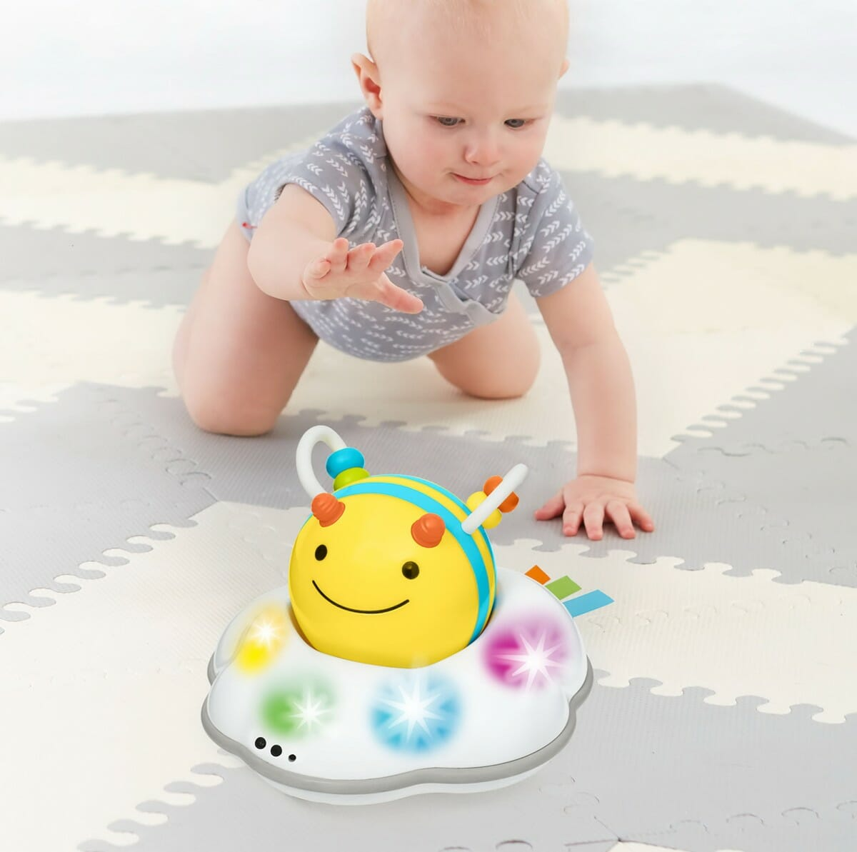 Skip Hop Explore & More Follow Bee Crawl Toy Lifestyle 5