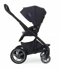 Nuna Mixx2 jett facing parent footrest down