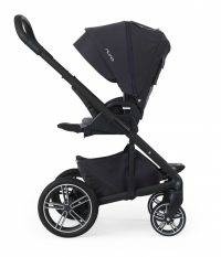 Nuna Mixx2 jett facing parent footrest up