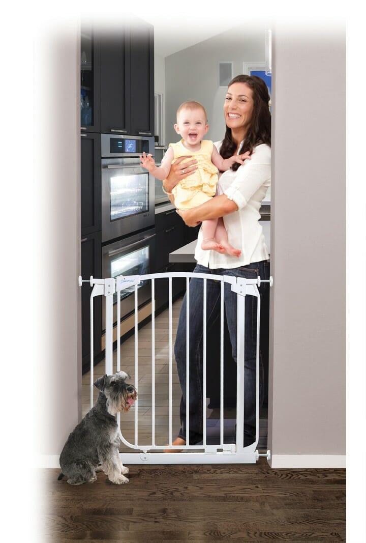 Dreambaby Chelsea Swing Auto-Close Security Gate Lifestyle