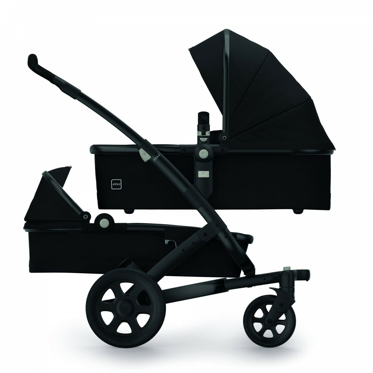 Bassinet + Bassinet Studio Noir Iconic Black