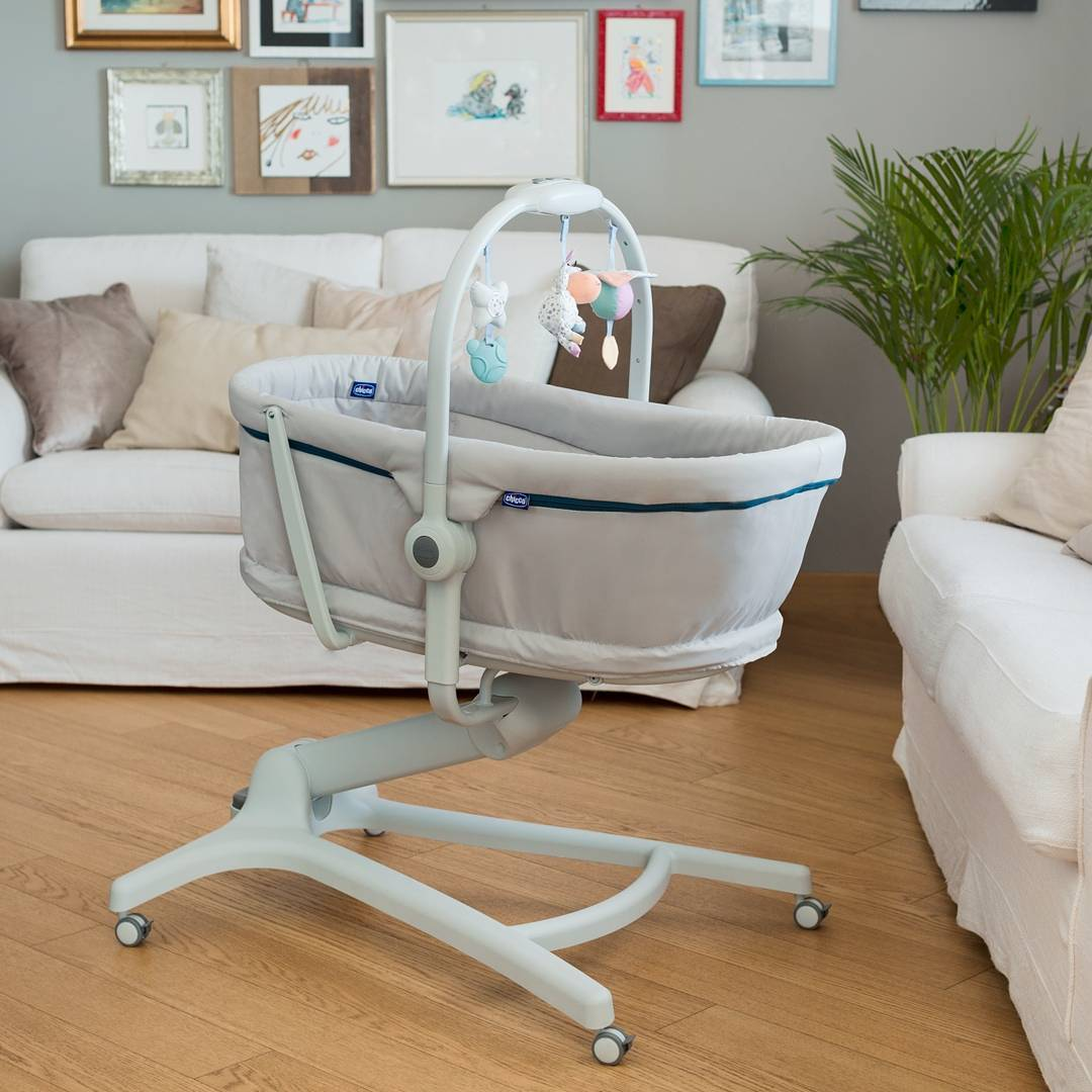 Chicco Baby Hug 4 In 1 Bassinet Lifestyle