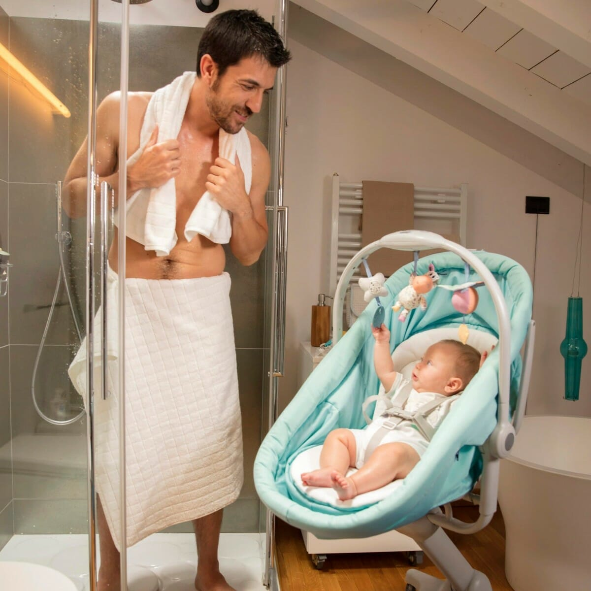 Chicco Baby Hug 4 In 1 Lifestyle 1