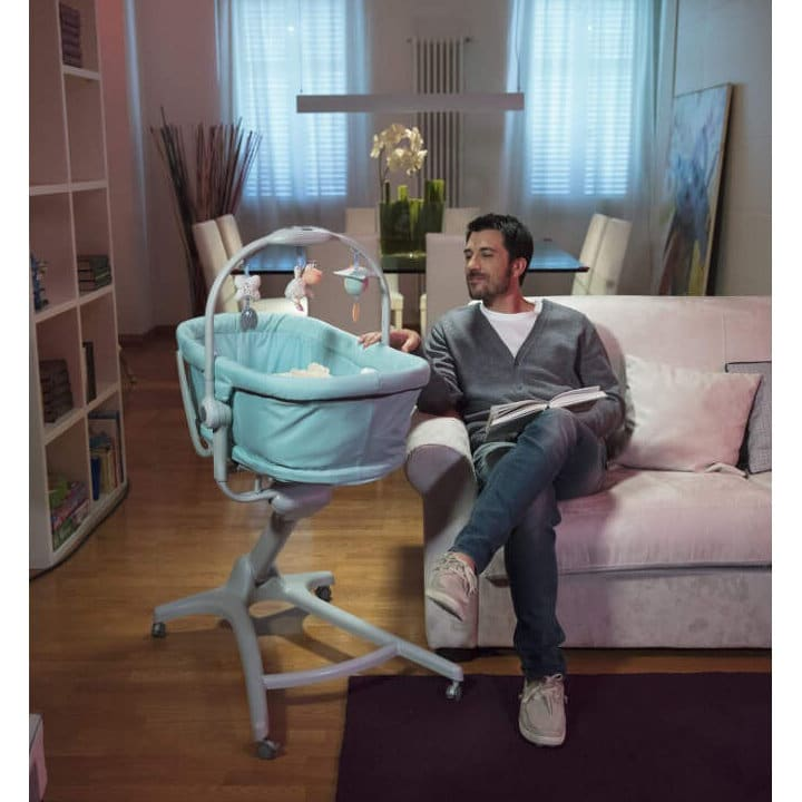 Chicco Baby Hug 4 In 1 Lifestyle 2