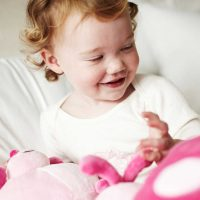 Cloud B Pouf Ladybug Pink Lifestyle