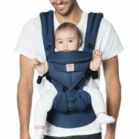 Ergobaby Omni 360 Cool Air Mesh Midnight Blue Lifestyle